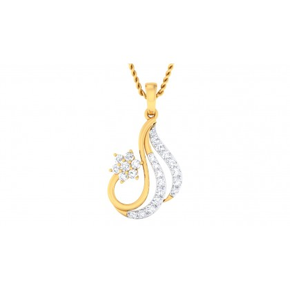 SHYLAH DIAMOND STUDS EARRINGS in 18K Gold