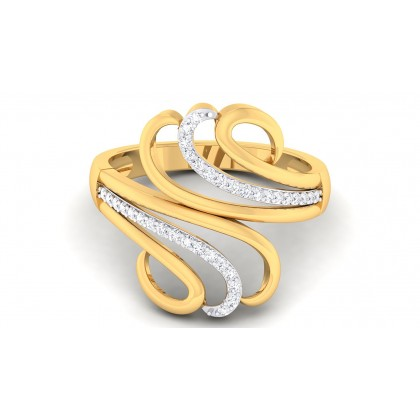 SHRILA DIAMOND COCKTAIL RING in 18K Gold