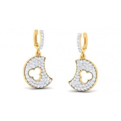 PRITA DIAMOND DROPS EARRINGS in 18K Gold