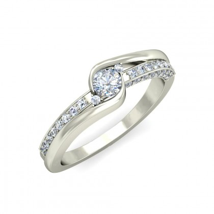 VARADA DIAMOND BANDS RING in 18K Gold