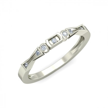 SHIVANI DIAMOND BANDS RING in 18K Gold