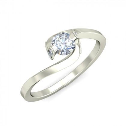 ROMI DIAMOND CASUAL RING in 18K Gold
