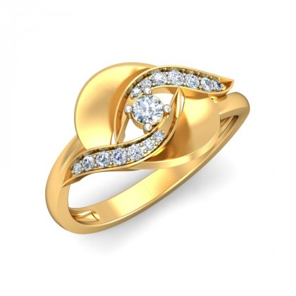 DEVIN DIAMOND COCKTAIL RING in 18K Gold