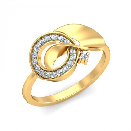 ARYAMA DIAMOND COCKTAIL RING in 18K Gold