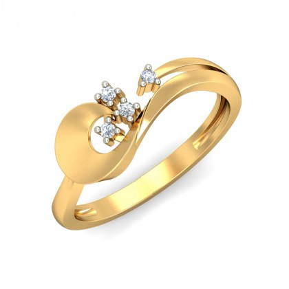 BENAKA DIAMOND CASUAL RING in 18K Gold