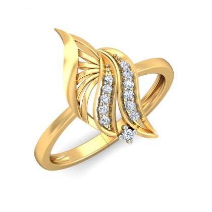 PURVA DIAMOND COCKTAIL RING in 18K Gold
